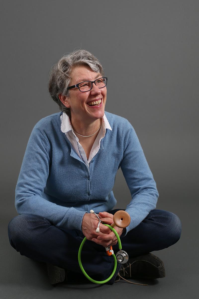 Margarete Wetzel, Hebamme