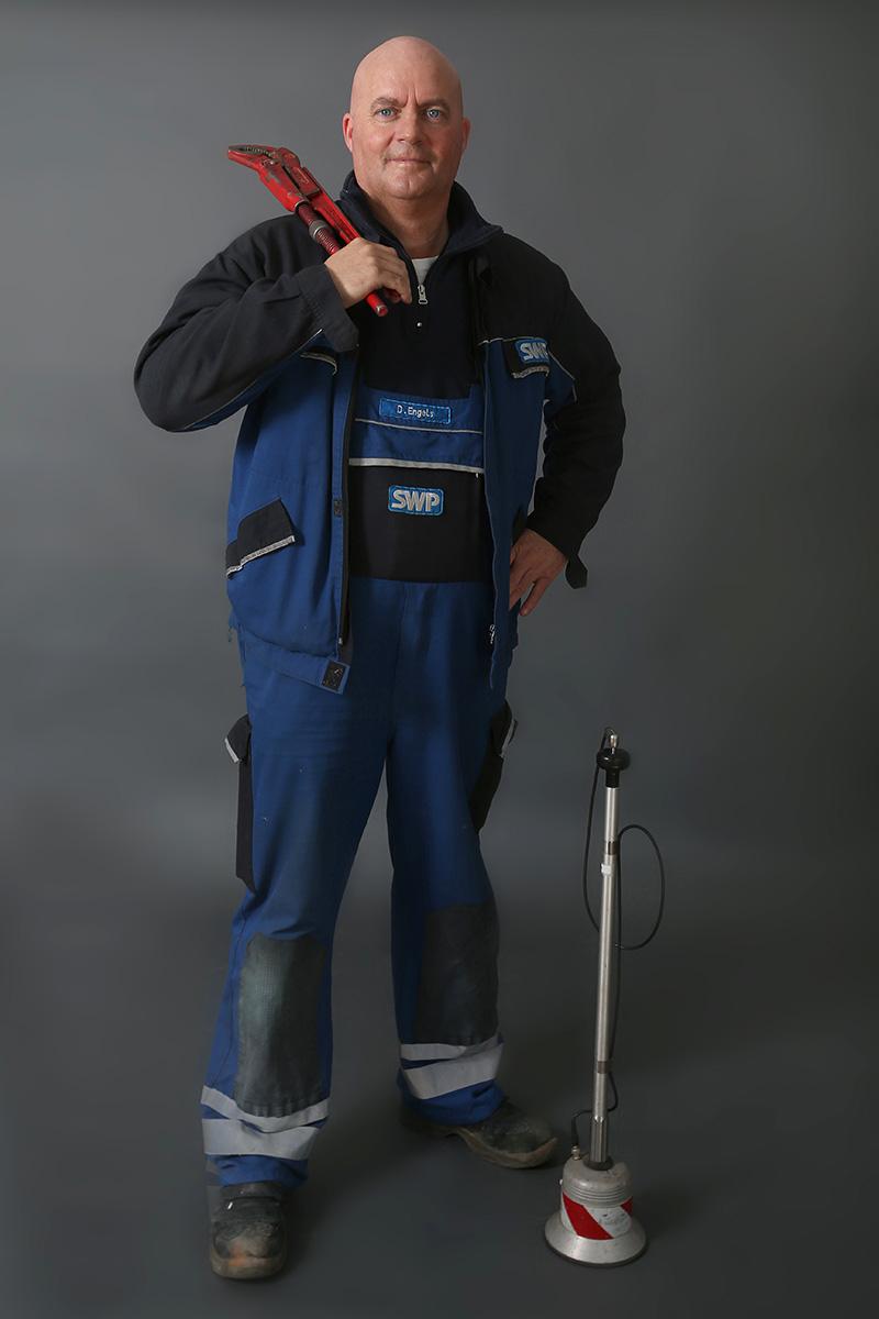 Detlef Engels, Gas-Wasser-Installateur