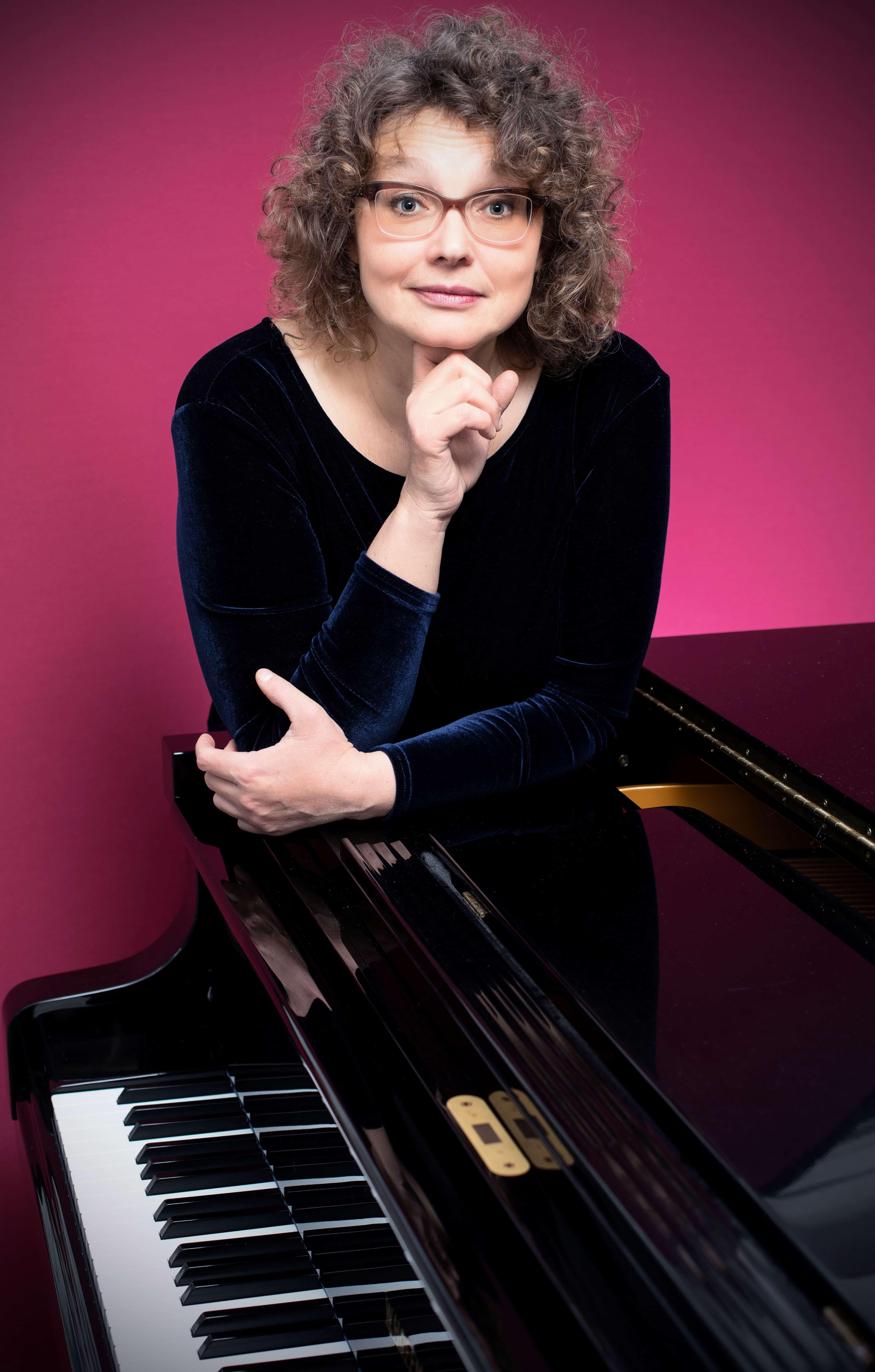 Evelyn Grizfeld, Pianistin